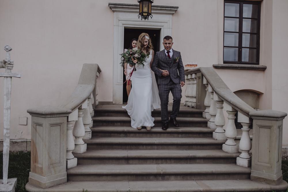 Ślub na zamku królewskim w Niepołomicach-103