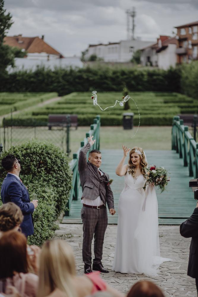 Ślub na zamku królewskim w Niepołomicach-106