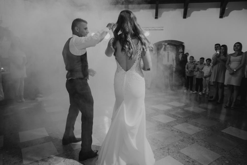Ślub na zamku królewskim w Niepołomicach-124