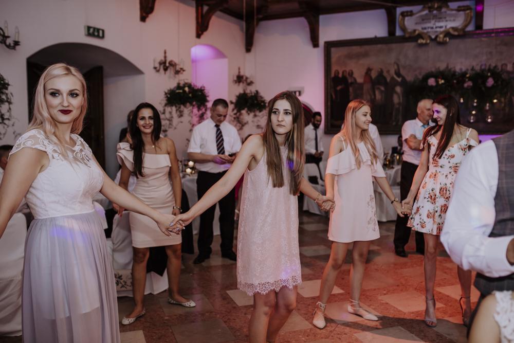 Ślub na zamku królewskim w Niepołomicach-206