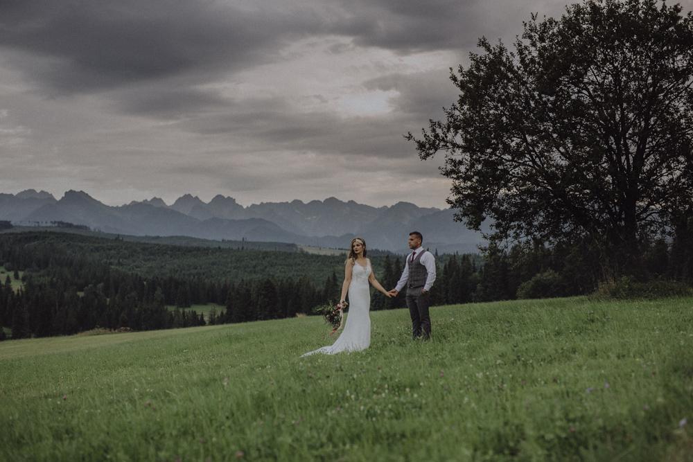 Ślub na zamku królewskim w Niepołomicach-237