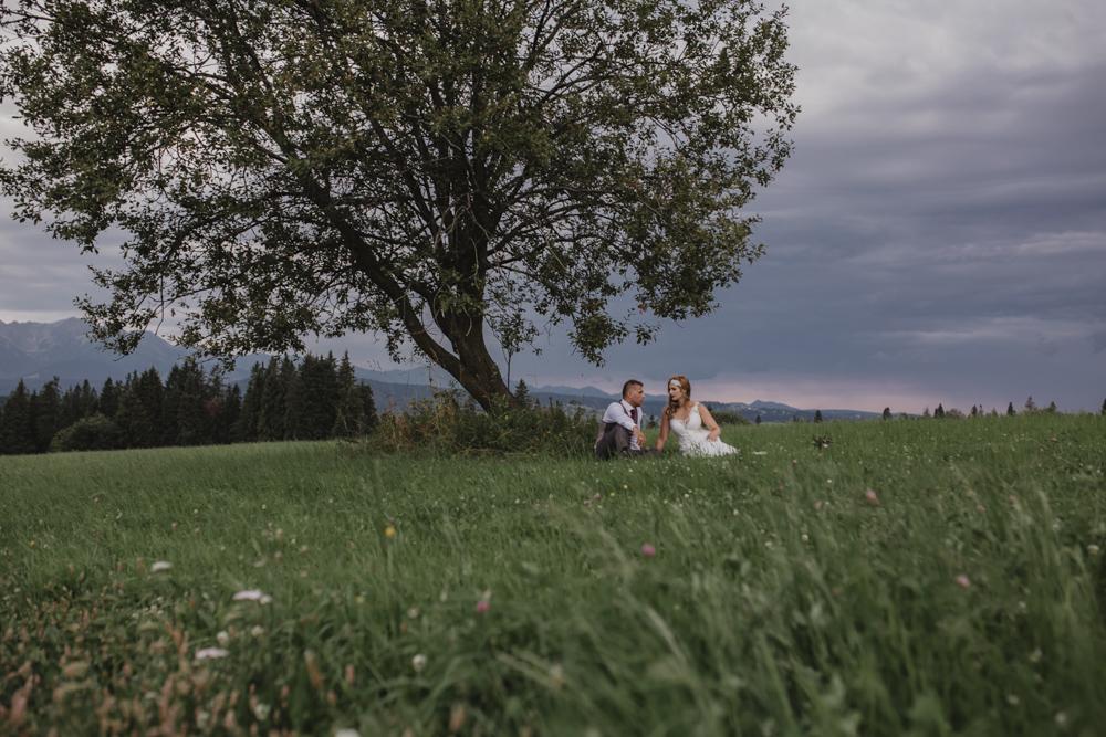 Ślub na zamku królewskim w Niepołomicach-239