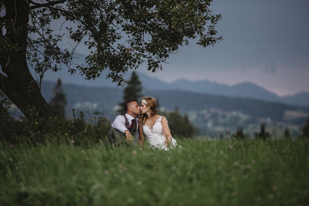 Ślub na zamku królewskim w Niepołomicach-241