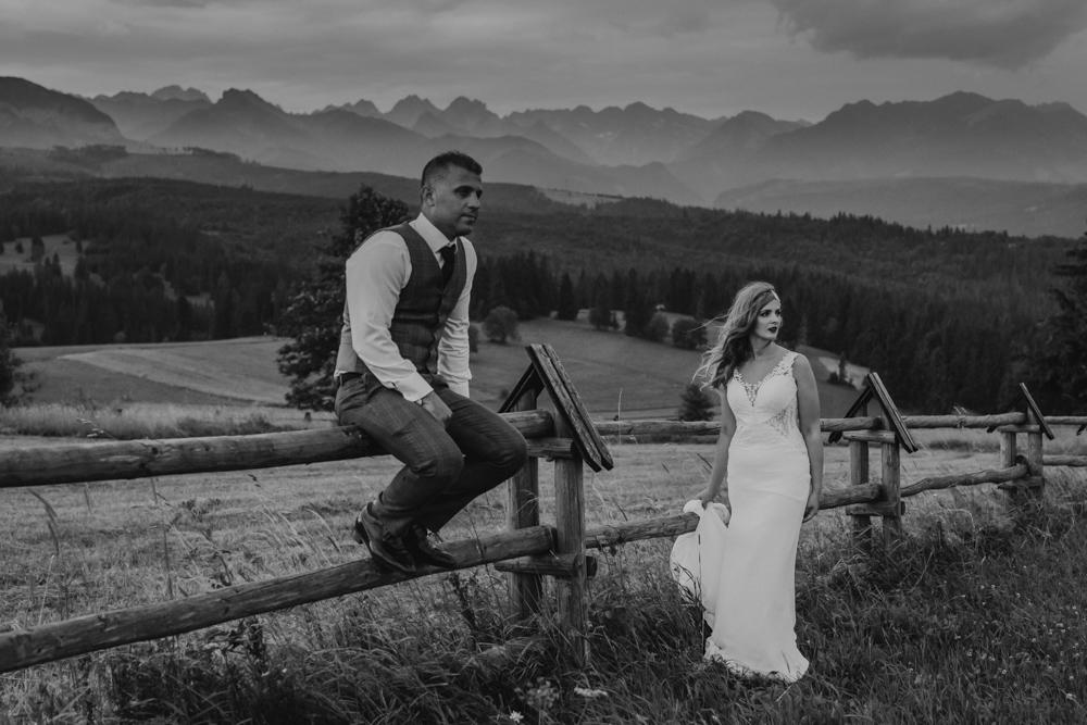 Ślub na zamku królewskim w Niepołomicach-254