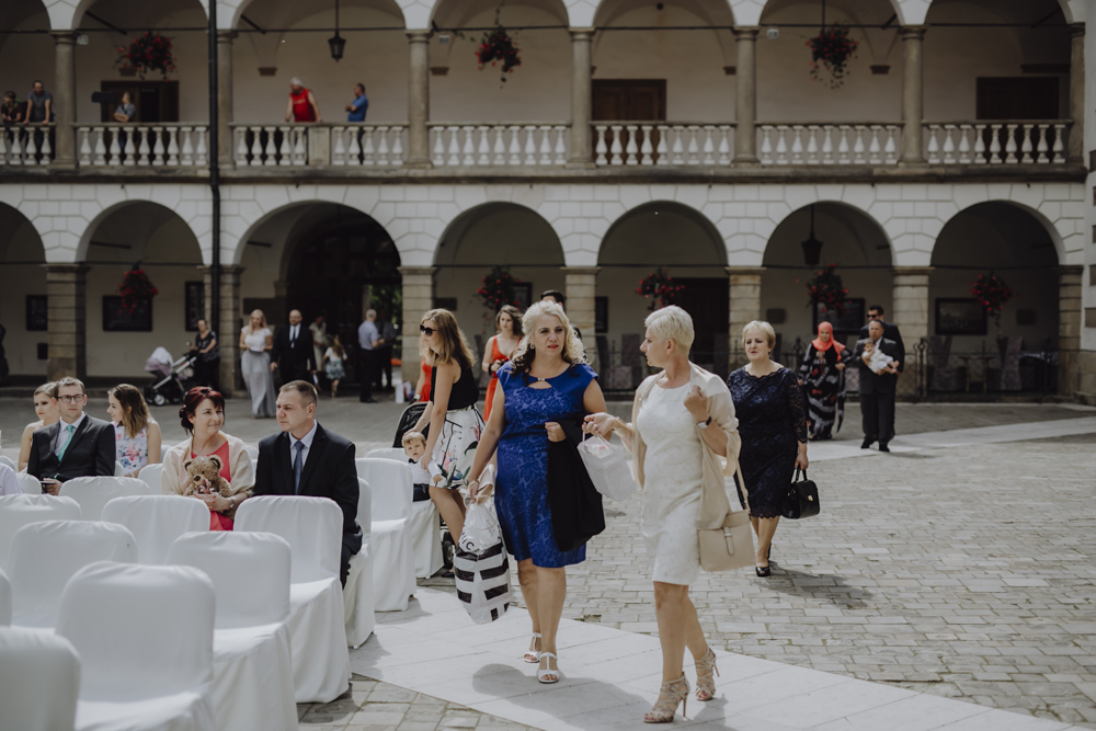 Ślub na zamku królewskim w Niepołomicach-42