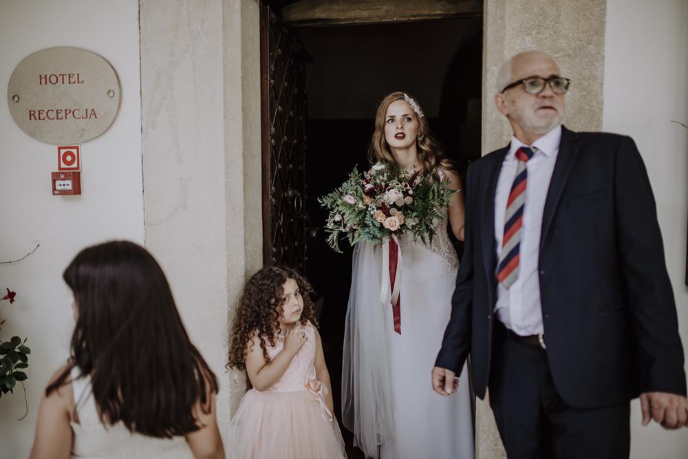 Ślub na zamku królewskim w Niepołomicach-46