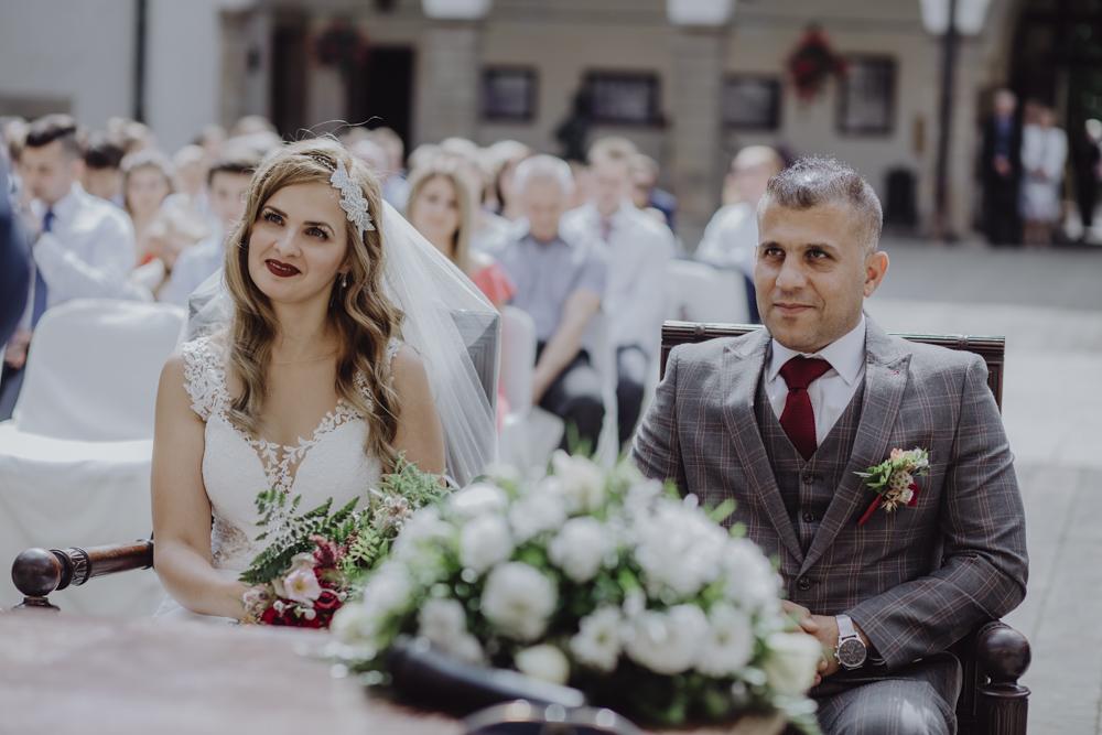 Ślub na zamku królewskim w Niepołomicach-78