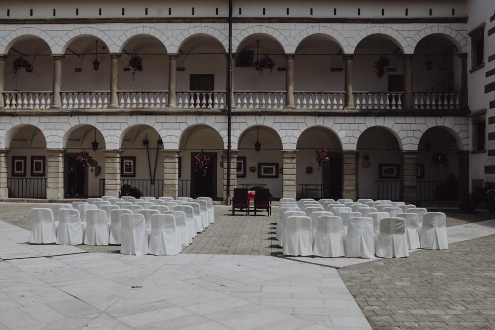 Ślub na zamku królewskim w Niepołomicach-02