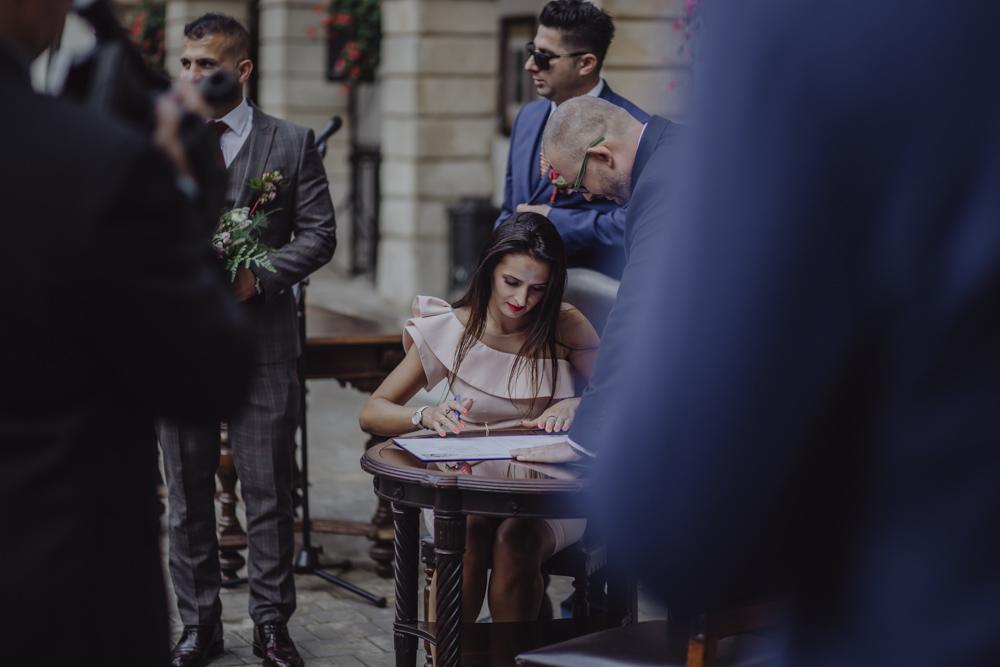 Ślub na zamku królewskim w Niepołomicach-101