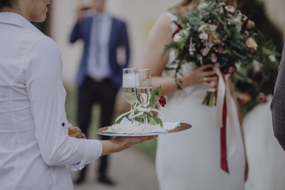 Ślub na zamku królewskim w Niepołomicach-104
