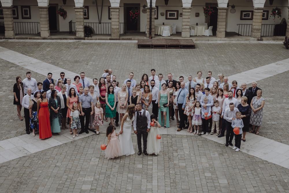 Ślub na zamku królewskim w Niepołomicach-119