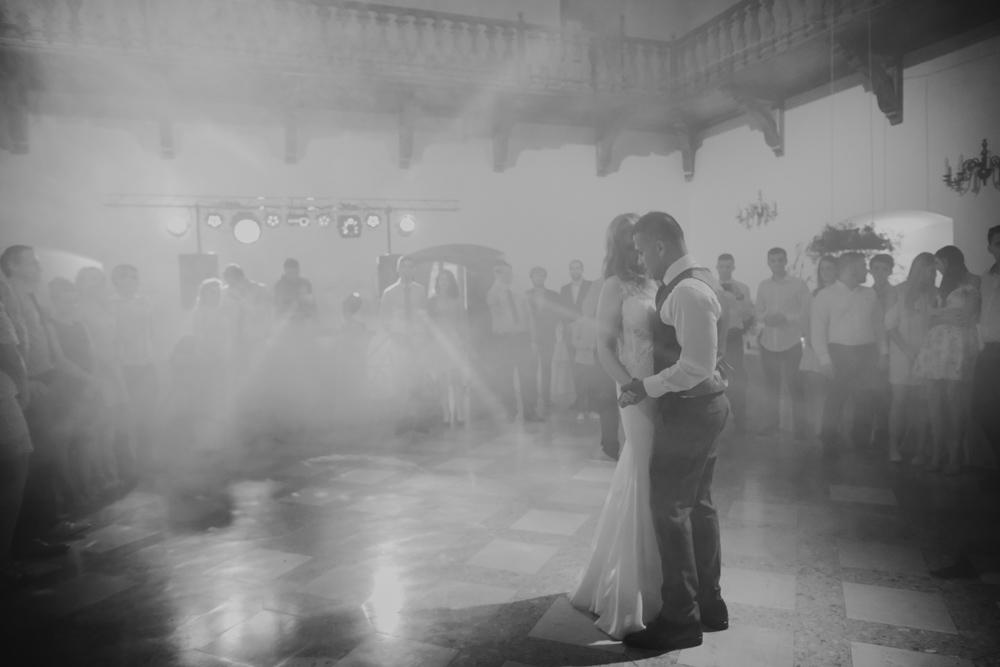Ślub na zamku królewskim w Niepołomicach-126