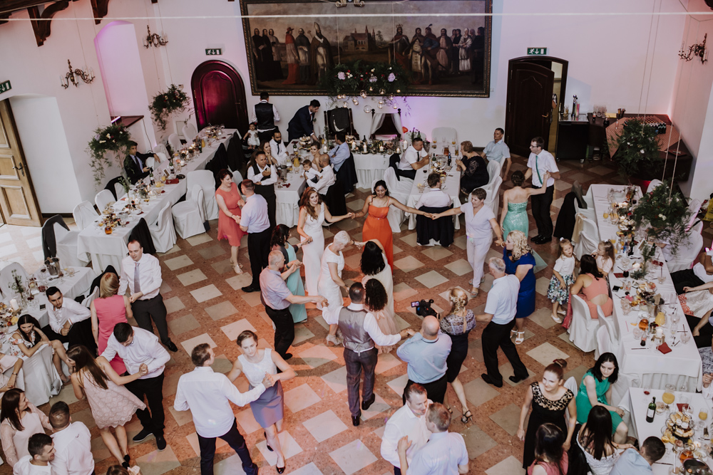 Ślub na zamku królewskim w Niepołomicach-132