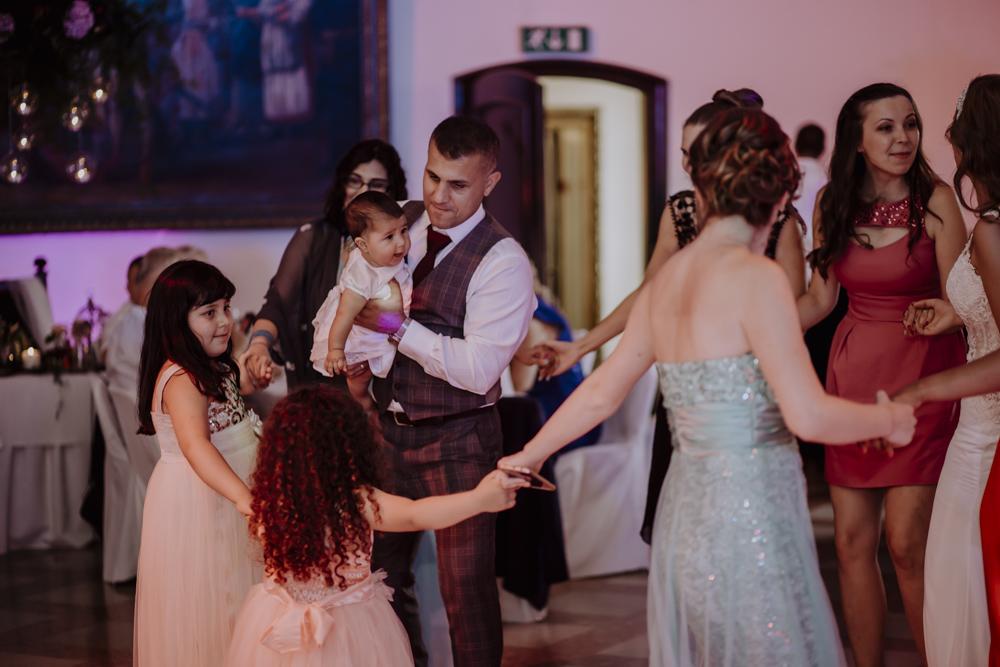 Ślub na zamku królewskim w Niepołomicach-136