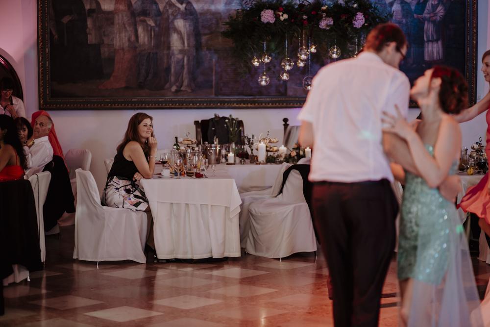 Ślub na zamku królewskim w Niepołomicach-137