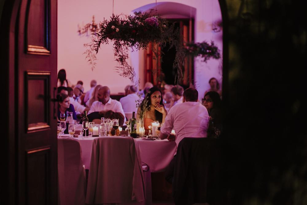 Ślub na zamku królewskim w Niepołomicach-193