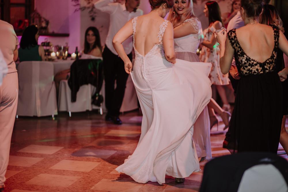 Ślub na zamku królewskim w Niepołomicach-201