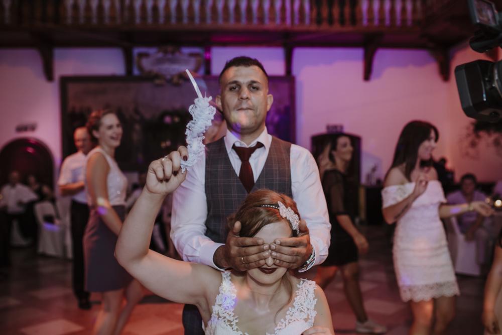 Ślub na zamku królewskim w Niepołomicach-207