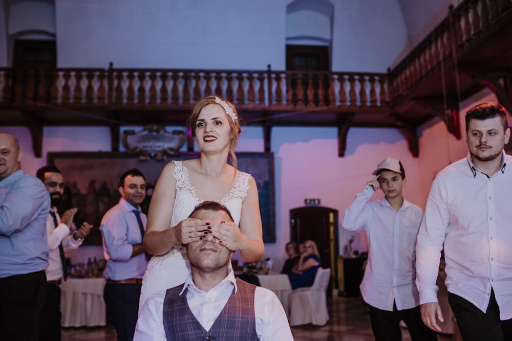 Ślub na zamku królewskim w Niepołomicach-212