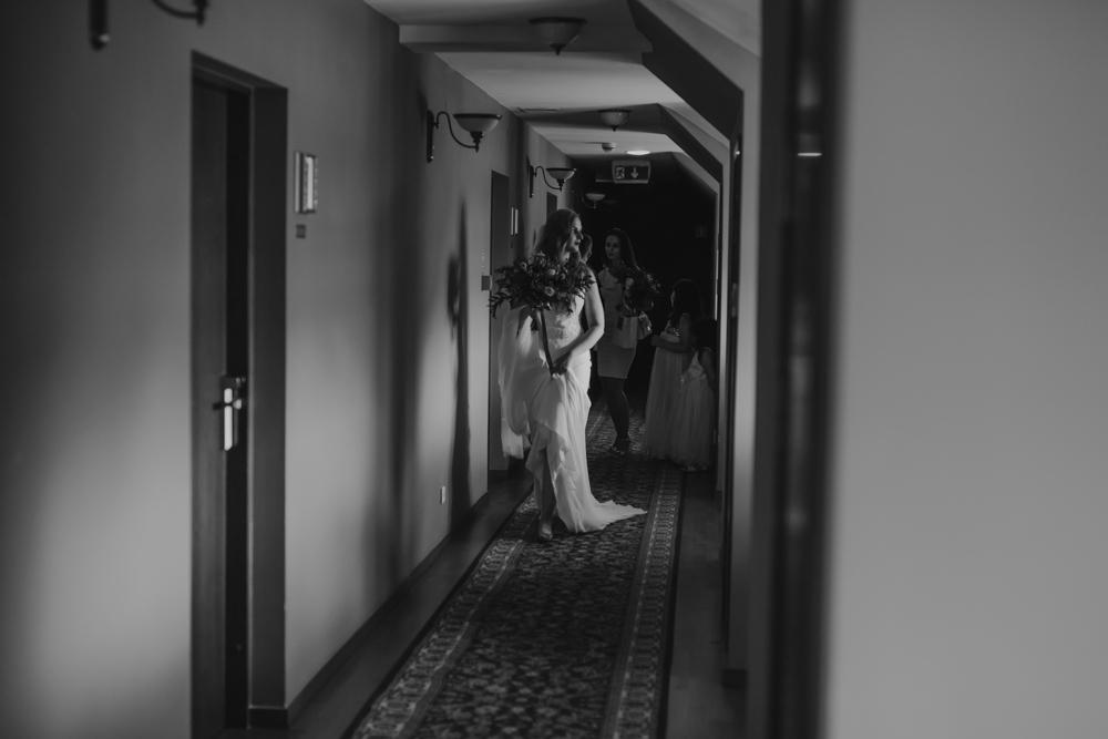 Ślub na zamku królewskim w Niepołomicach-41